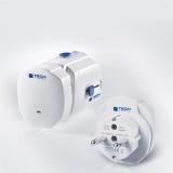 Cestovní adaptér TECH TBU-250 pro 150 zemí
